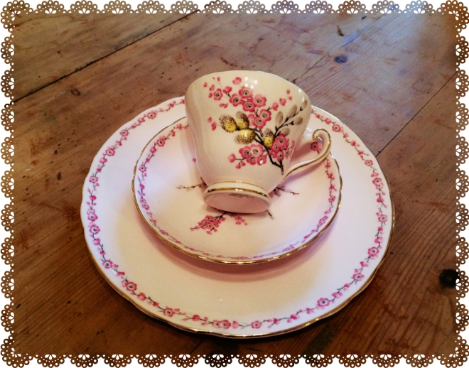 cup saucer lace